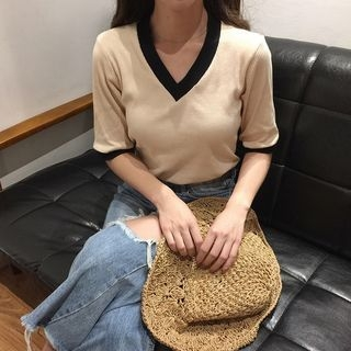 Elbow-Sleeve V-Neck T-Shirt 1057753281