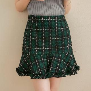 Ruffle-Hem Plaid Pencil Skirt