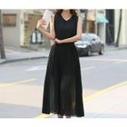 Sleeveless V-Neck Maxi Dress 1596