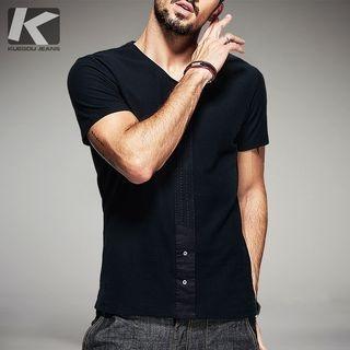 V-neck Short-Sleeve T-shirt 1052864526