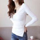 Long-Sleeve V-Neck Ribbed T-Shirt 1596