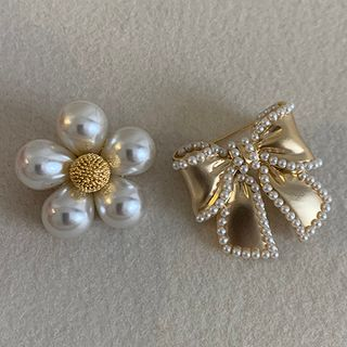 Image of Bow / Flower Brooch