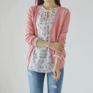 V-Neck Buttoned Colored Cardigan 1058323814