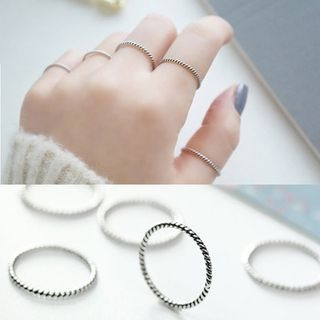 Sterling Silver Ribbed Ring 1051150221