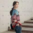Round-Neck Color-Block Sweater 1596
