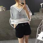 Lace Trim V-Neck Elbow Sleeve T-Shirt 1596