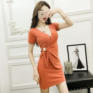 V-neck Short-Sleeve Dress 1061639419