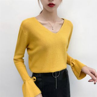 Image of Bell-Sleeve V-Neck Two-Way Top