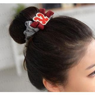 Image of 32 Appliqué Scrunchie