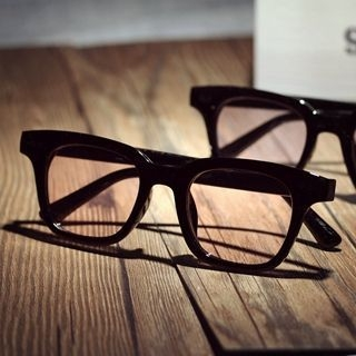 Square Sunglasses 1049585076