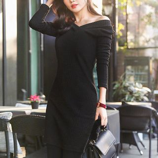 V-Neck Ribbed Bodycon Dress 1055392384
