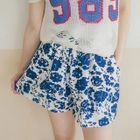 Floral Shorts от YesStyle.com INT