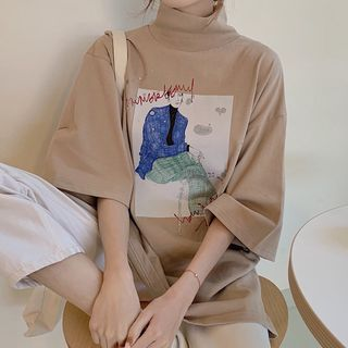 Image of 3/4-Sleeve Mock Neck Printed T-Shirt
