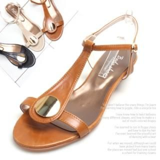 Buy Woorisin T Strap Sandals 1022832348