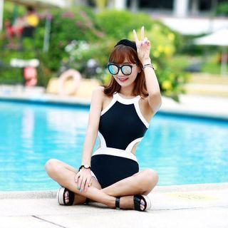 Color-Block Cutout Swimsuit 1050385089