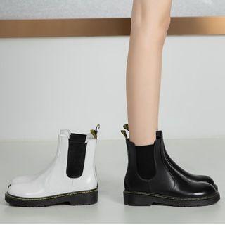 Plain Short Chelsea Boots