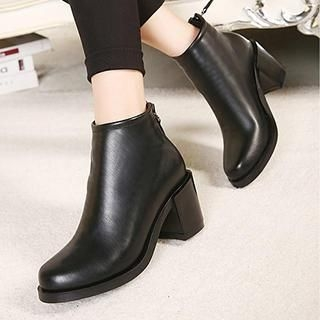 Pointy-Toe Heel Ankle Boots