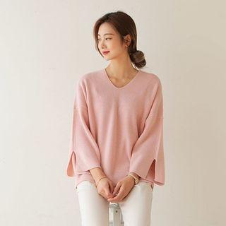 V-Neck Slit-Sleeve Knit Top 1062478420
