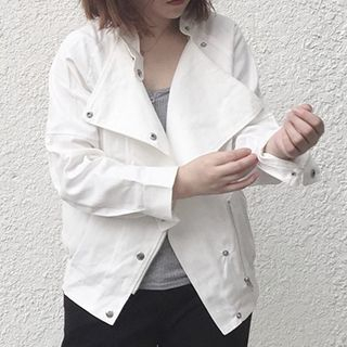 loose-fit-button-jacket