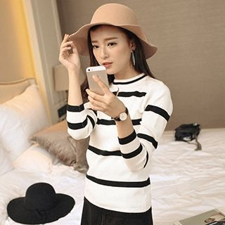 Striped Knit Pullover 1052719717