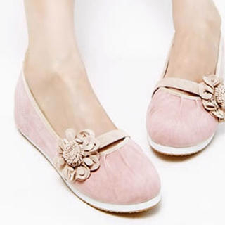 d12f9aac5b94 Buy Kvoll Flower-Accent Flats 1022532352