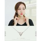 Triangle Pendant Necklace от YesStyle.com INT