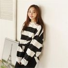 Loose-Fit Color-Block Sweatshirt 1596