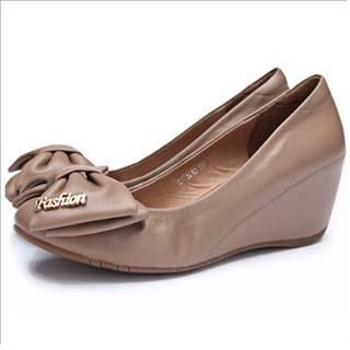 Genuine-Leather Bow-Accent Wedges