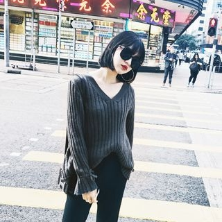 Ribbed V-Neck Sweater 1057722032