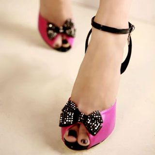 "Buy Kvoll Rhinestone ""Bow"" Patent Sandals 1022892606"