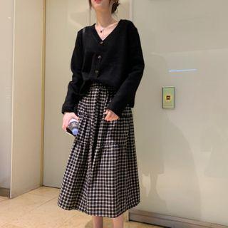 Image of Cardigan / Plaid Midi A-Line Skirt
