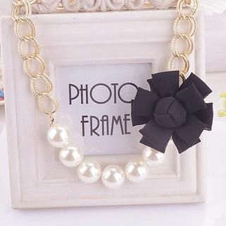 Corsage Faux-Pearl Necklace 1037658356