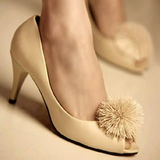 Buy Kvoll Pompom Peep-Toe Pumps 1022453189