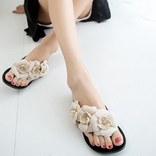 Flower Accent Flip-Flops 1060677375