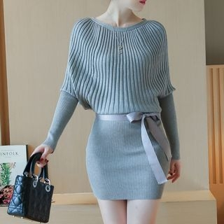 Ribbed Long-Sleeve Knit Dress 1053934116
