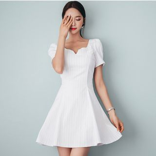 V-neck Short-Sleeve Dress 1051478187
