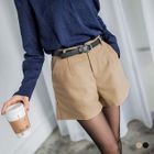 Leather-Belted Pleated Woolen Shorts 1596