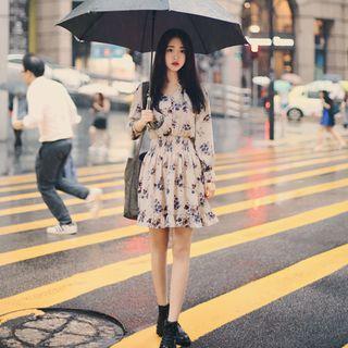 Image of Long-Sleeved Floral Print Chiffon Dress