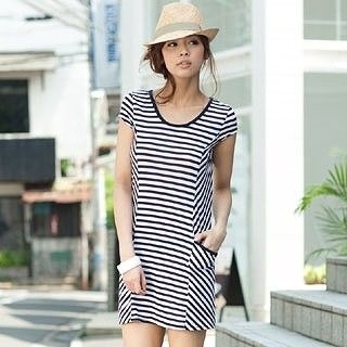 Picture of ageha@shibuya Bow-Accent T-Shirt Dress Navy Blue + Off-White - One Size 1022589665 (ageha@shibuya Tees, Womens Tees, Japan Tees, Causal Tops)