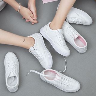 Lace Up Sneakers 1062428456