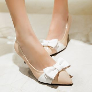 Image of Bow Accent Pointed Pumps