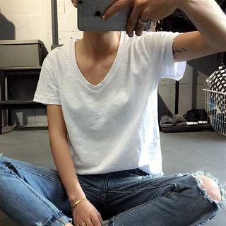 V-Neck Short-Sleeve T-Shirt 1053793402