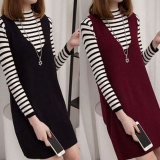 Set: Striped Knit Top + V-Neck Pinafore Dress 1064161337