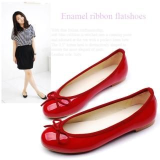 Picture of Miz shoes Bow Accent Patent Flats 1022315475 (Flat Shoes, Miz shoes Shoes, Korea Shoes, Womens Shoes, Womens Flat Shoes)