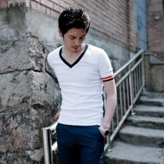 Buy G-NARU V-Neck T-Shirt 1023027282