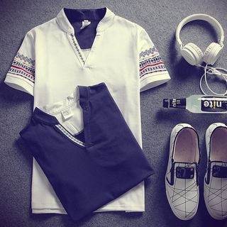 Short-Sleeve V-neck T-Shirt 1061249271