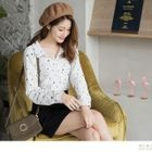 Long-Sleeved Star Print Blouse 1596