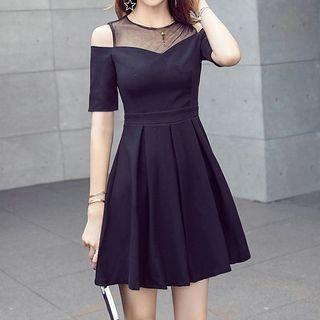 Mesh Panel Cut Out Shoulder Short Sleeve A-Line Dress 1060431427
