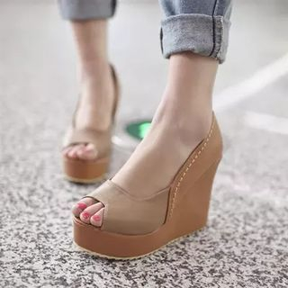 Platform Peep Toe Wedges 1048923109