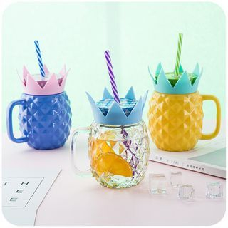 Glass Cup with Straw 1060607762